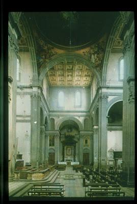 Historia del arte la arquitectura del renacimiento for Interior iglesia san lorenzo brunelleschi