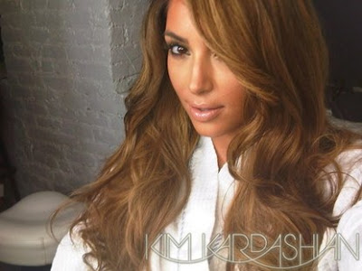Kim Kardashian's new hair color: brown/ blonde wig