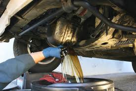 Prevent Engine Damage - Get An Oil Change and Go Green