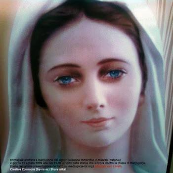 Virgen María, Reina de la Paz