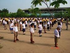 นักเรียนโรงเรียนลำสนุ่น