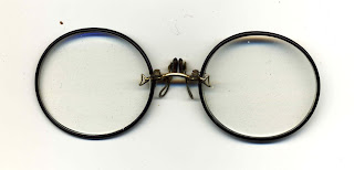 zyl pince nez fingerpiece