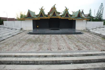 Teater Terbuka Bustamam Halimi