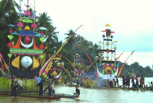 Perahu Baganduang, Lubuk Jambi
