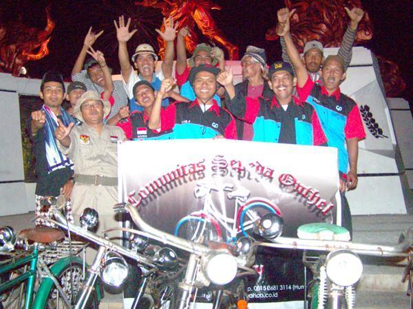 Komunitas Sepeda Onthel Pekanbaru