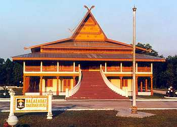 Balai+Adat+Melayu+Riau