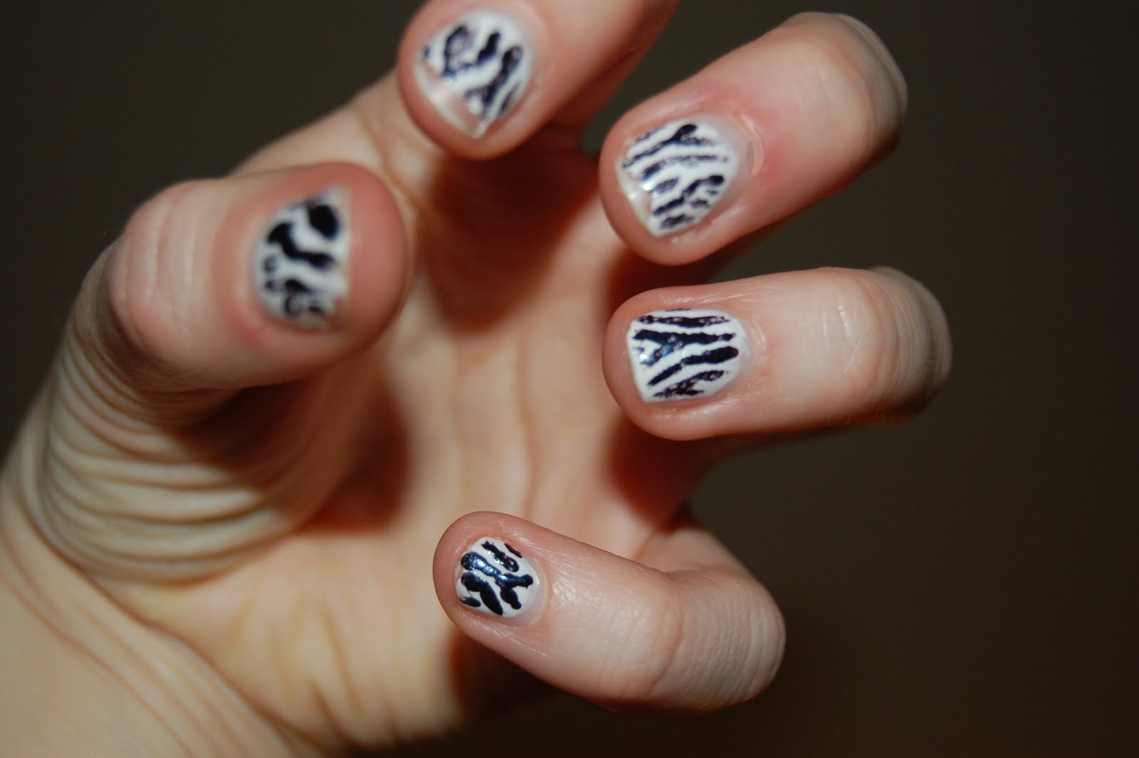 raphaella makes what: #3: jazzy makes some nail designs