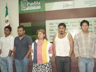 Atrapan a cinco integrantes de banda de robacajeros
