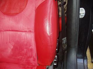 Tapicerias zabala reparacion de desgaste en asientos de for Reparar sofa polipiel