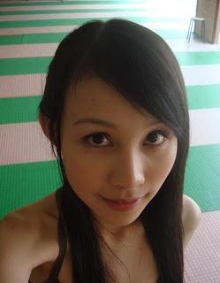 王甯/甯甯 - 大学生了没,二月星正妹