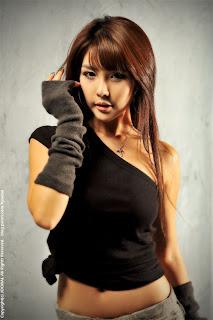 李智友,韓國車模