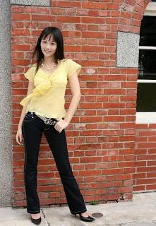 代言魔咒Online的美女,謝宜真(小猫)
