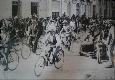 ciclistas1920 - EL CICLISMO DE OTRA ÉPOCA