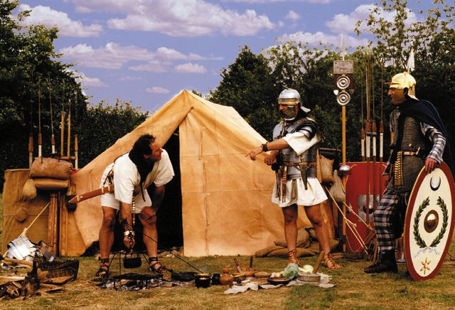 Roman Army - Fortified C&s & The History Man: Roman Army - Fortified Camps