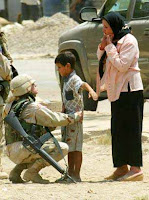 US soldier search iraqi boy
