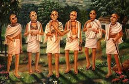Vaisnava Acaryas (gurus)