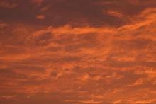 Oranje lucht van Ameland