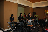 Liveband di the royal bintang the curve