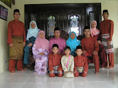 .:: My LoVeLy FaMiLy ::.