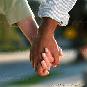 http://3.bp.blogspot.com/_IJuKhPHAl0M/SM0kYdbKu5I/AAAAAAAAAEI/kiNwWamuv4A/s400/interracial-couple-holding_~bxp68039.jpg