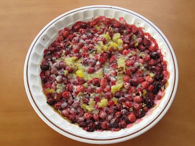 Carrie S. Forbes - Gingerlemongirl.com: Thanksgiving Cranberry Cobbler