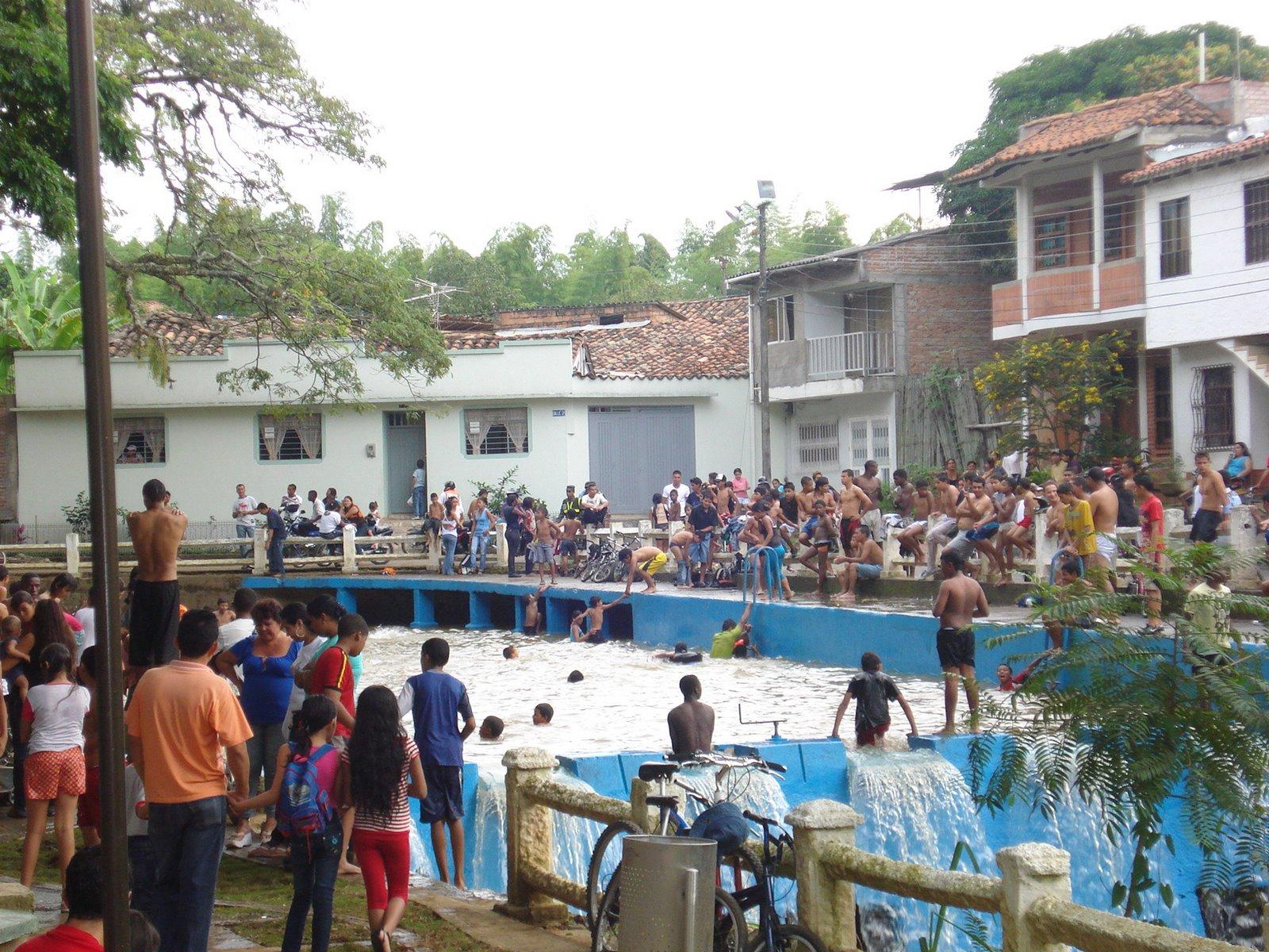 Santander de quilichao cauca for Piscina municipal la roca del valles