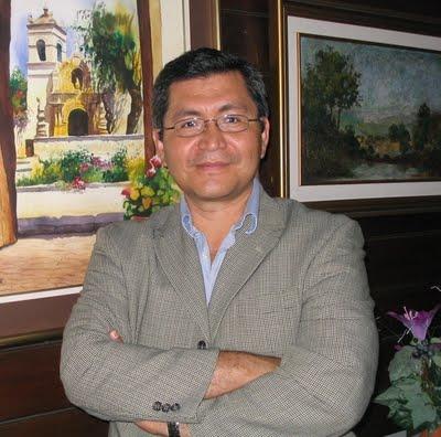 YO SOY AQUEL ESPEJO de Jorge Castillo Fan, por Julio Torres Recinos.