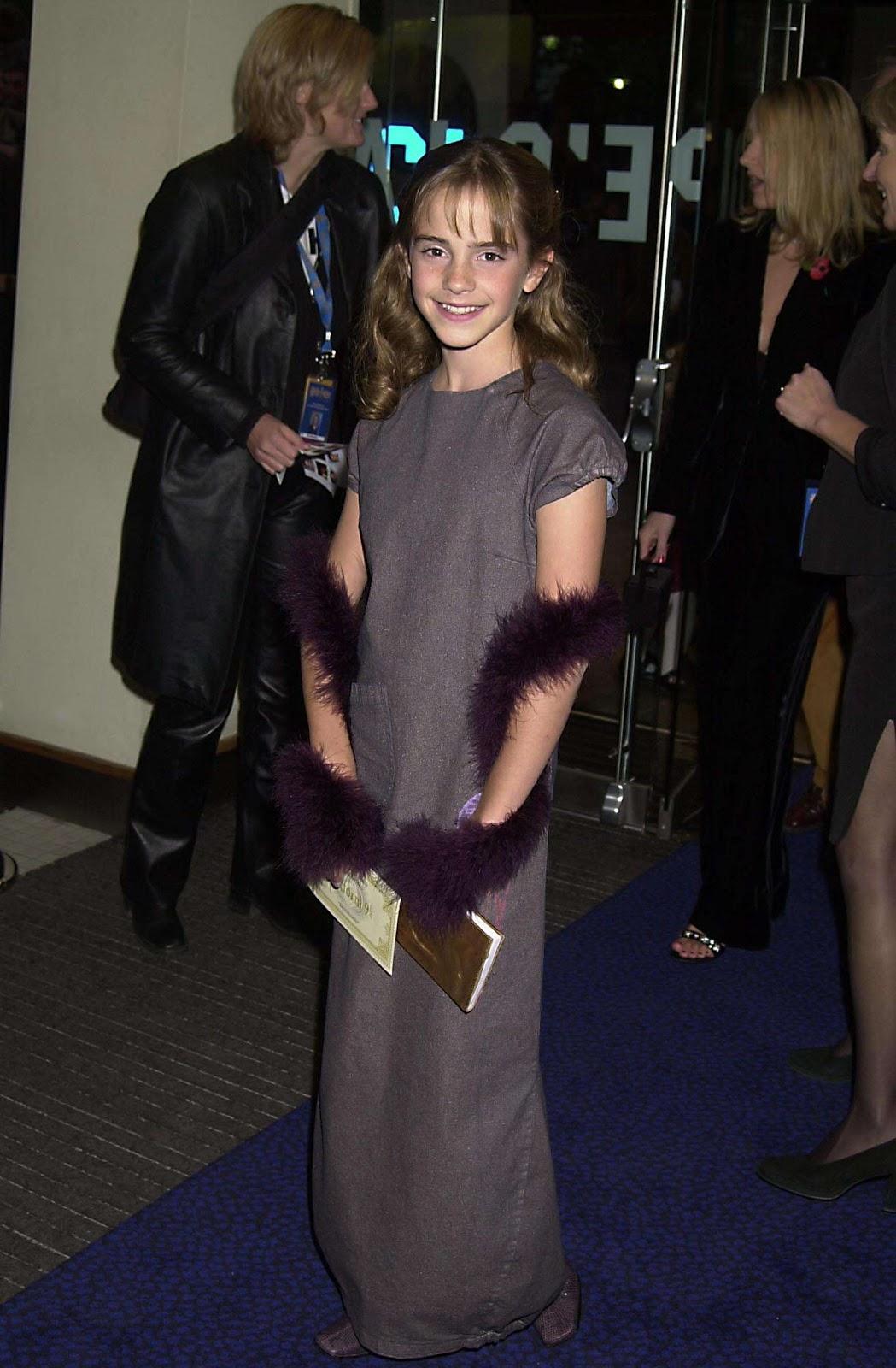 http://3.bp.blogspot.com/_IMYAEiVXwhs/TN2QC2tFgsI/AAAAAAAAAOo/KWXiGTIbVSE/s1600/blog+55%252C+Emma+Watson+3.jpg