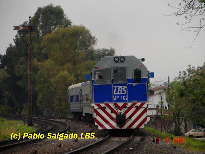 MF 102 LLEGANDO A EST. MARIA SANCHEZ DE MENDEVILLE