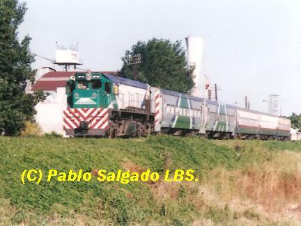 MF 702 POR EL ALTO NIVEL