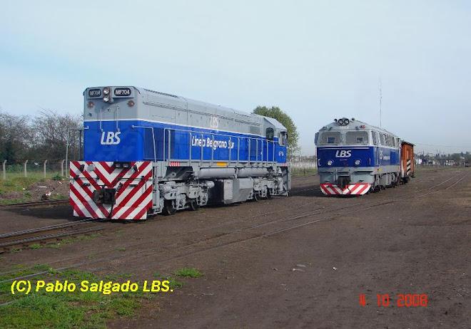 MF 704 Y 1402 EN TAPIALES
