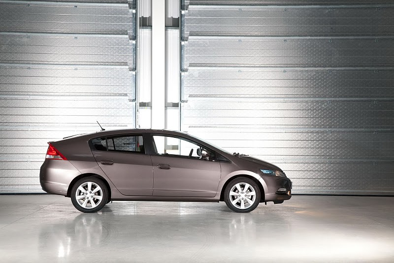2011 Honda Insight Hybrid - Front Angle View