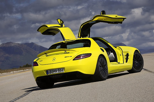 2011 mercedes benz sls amg e cell concept rear side view 2011 Mercedes Benz SLS AMG E Cell