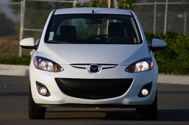 2011 mazda2 front view 2011 Mazda2