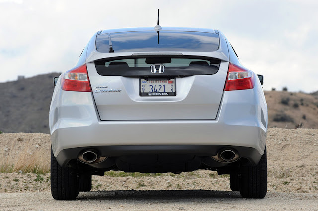 2011 honda accord crosstour rear view 2011 Honda Accord Crosstour
