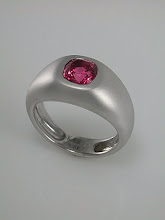 Barry&#39;s spinel wedding band