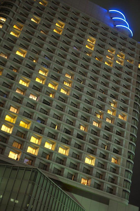 [2009-09-16-大桟橋D300_DSC6161.jpg]