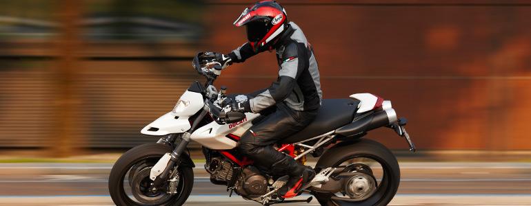 [2010-Ducati-Hypermotard-796.jpg]
