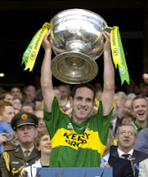Kerryman Lifts Sam Shock!