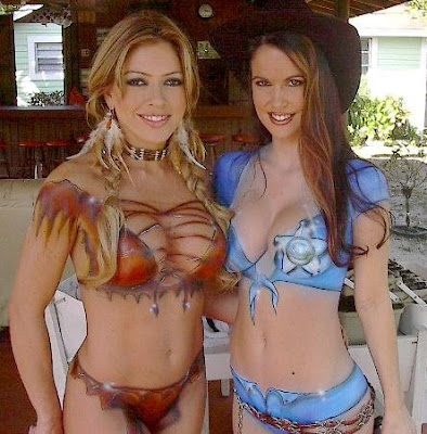 Hot Models Looks So Sexy With Art Body Painting
