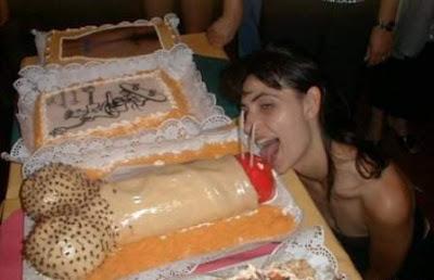 [Image: erotic-cakes20.jpg]