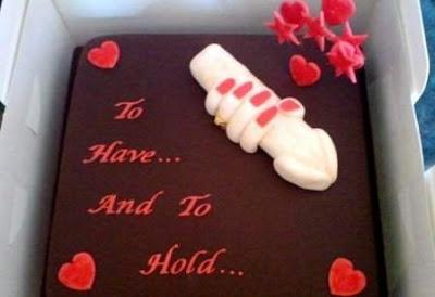 [Image: erotic-cakes16.jpg]