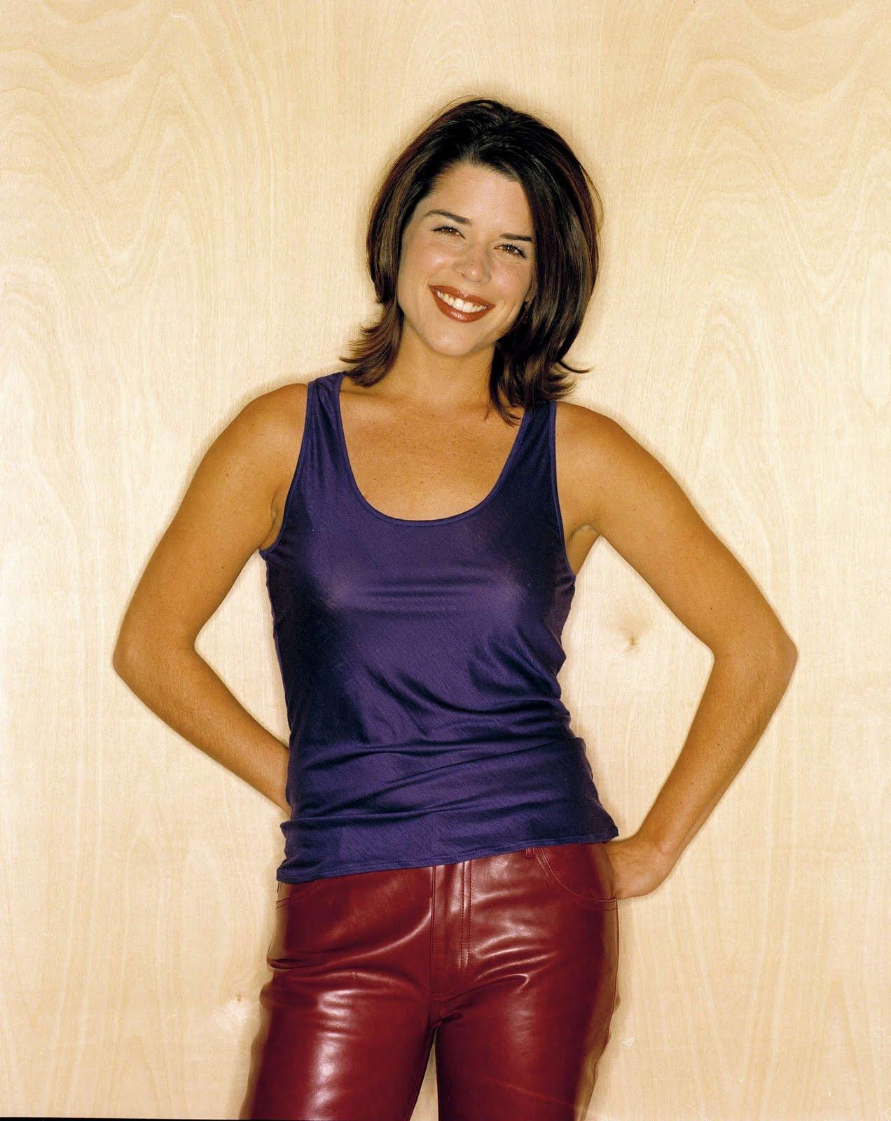Sexy Actress: Neve Campbell