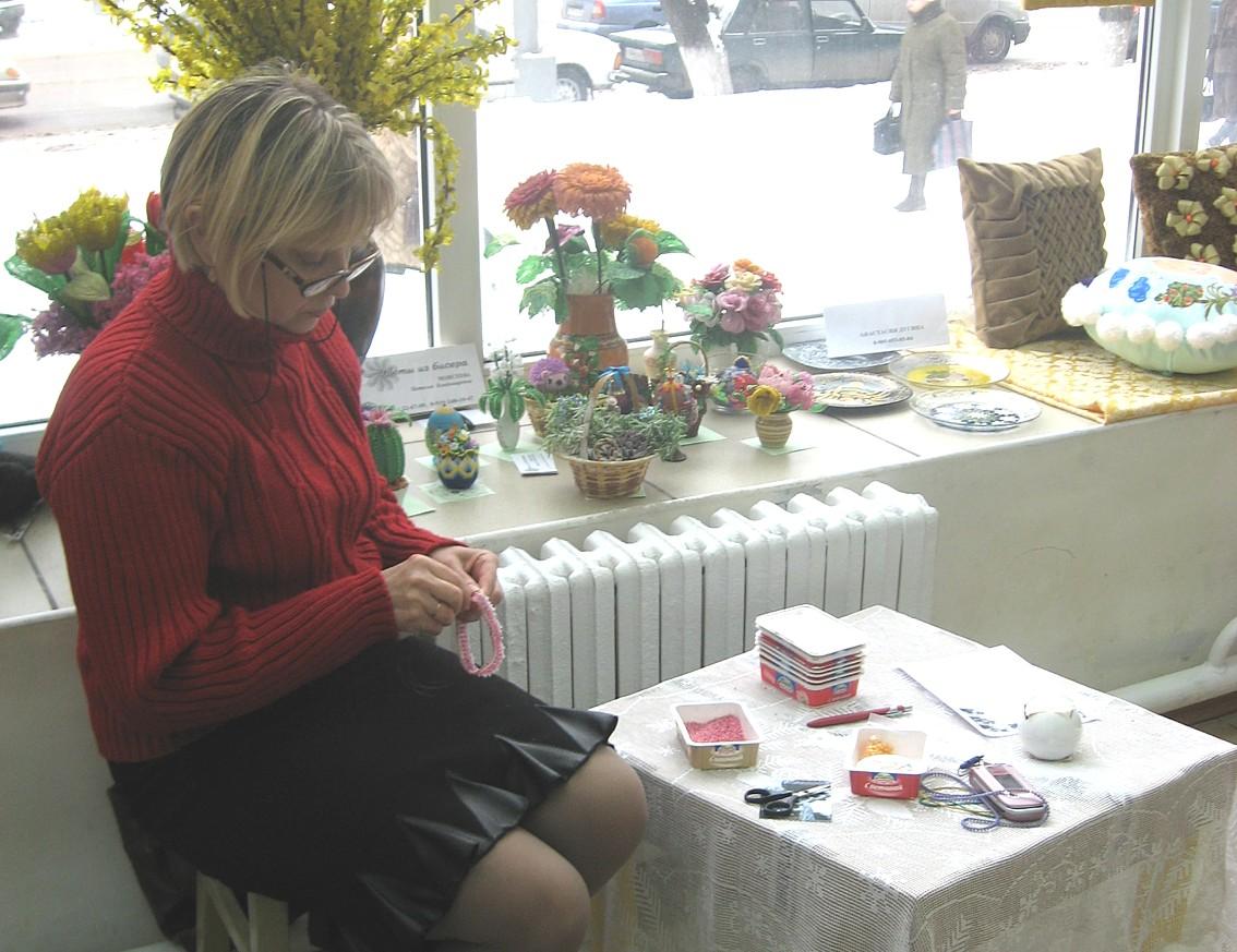 Цветы из бисера - мастер-класс Натальи Моисеевой.