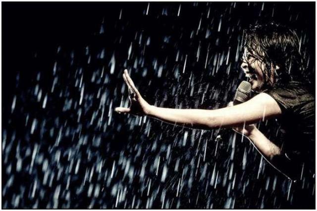 Hermosas Fotos Bajo La Lluvia