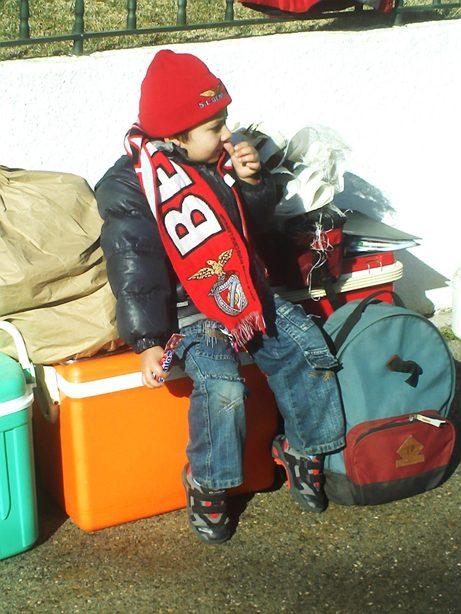 De pequenino  se torce pelo Benfica