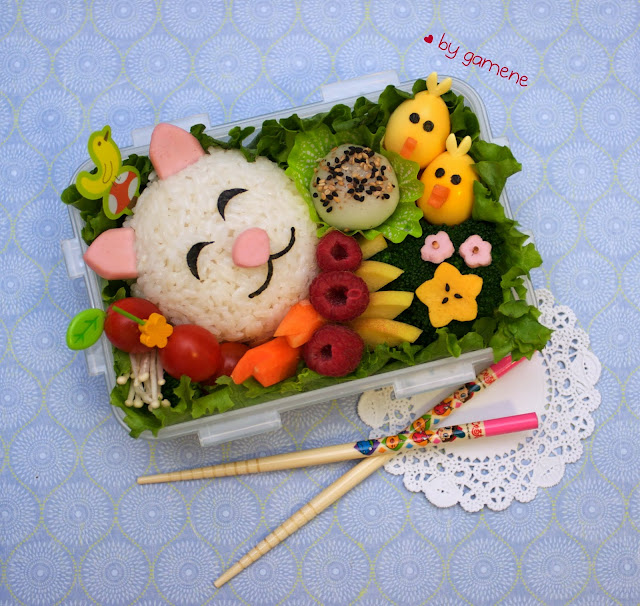cat and birdies bento [explored] by gamene from flickr (CC-BY)