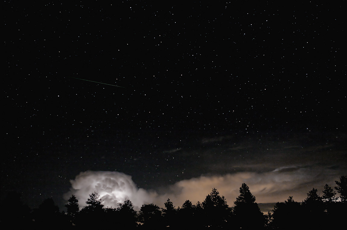hedmuk.: Free Download: Dark Sky  Night Light