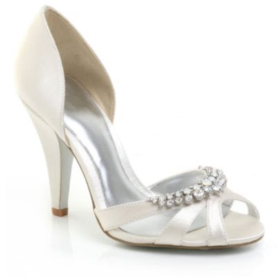 Ivory Bridal Shoes on Shoe Asylum  Bridal Shoes  Faith Ivory Diamond Shoes