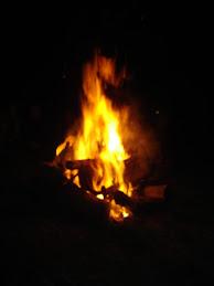 muy pronto junto al fuego